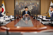 KOR: Bank of Korea Cuts Key Interest Rate as Risks to Economy Grow