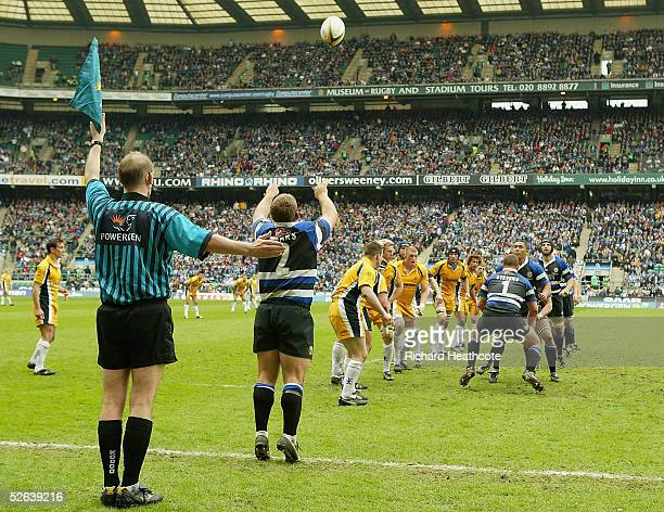 Lee Mears of Bath throws in a lineout ball during the Powergen Cup Final between Leeds Tykes and Bath at Twickenham on April 16 2005 in London England