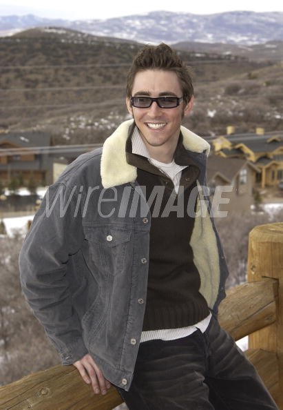 d726e19ab821 Lee Pace wearing Gucci 1453s Sunglasses (Photo by Ray Mickshaw WireImage)
