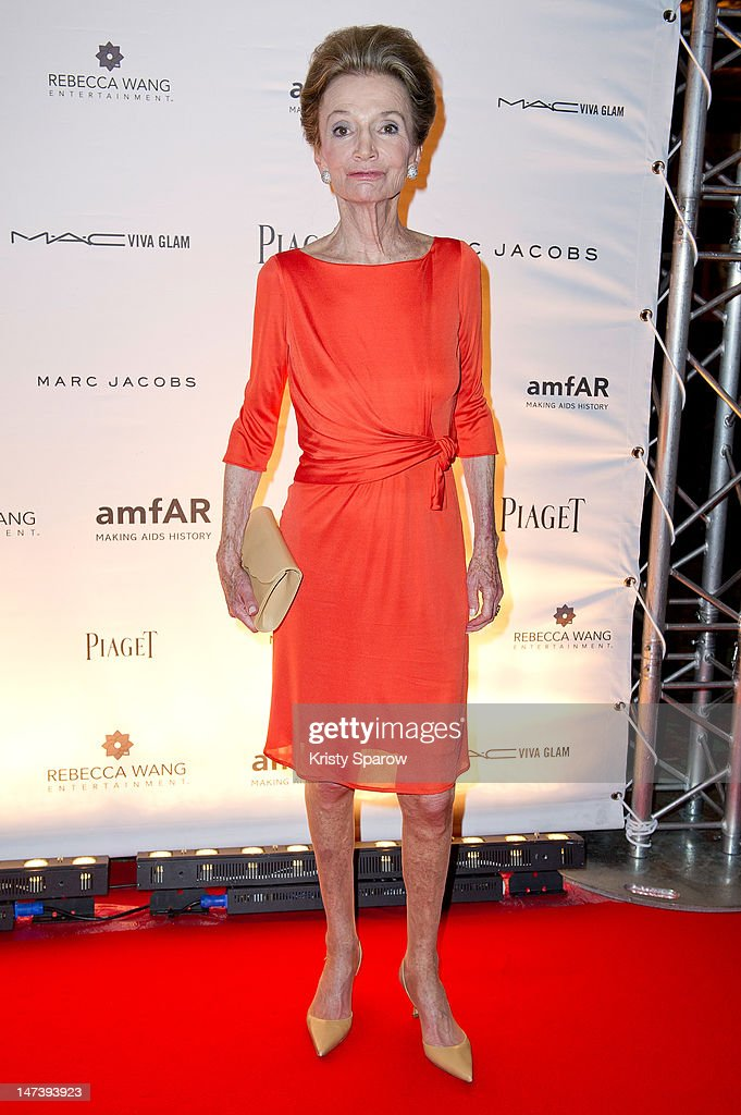 Lee Radziwill attends the amfAR Inspiration Night Paris at Maxim's on June 28, 2012 in Paris, France.