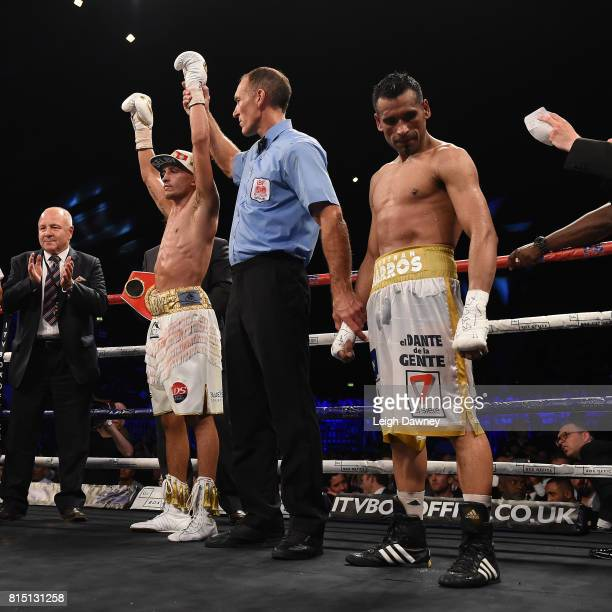Lee Selby defeats Jonathan Victor Barros claiming the IBF World Featherweight title at Wembley Arena on July 15 2017 in London England