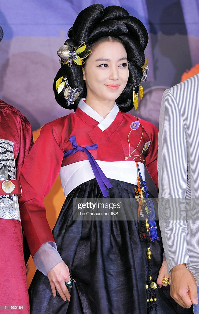 Lee So-Yeon attends the MBC Drama 'Dr. Jin' Press Conference at Lotte Hotel on May 17, 2012 in Seoul, South Korea.