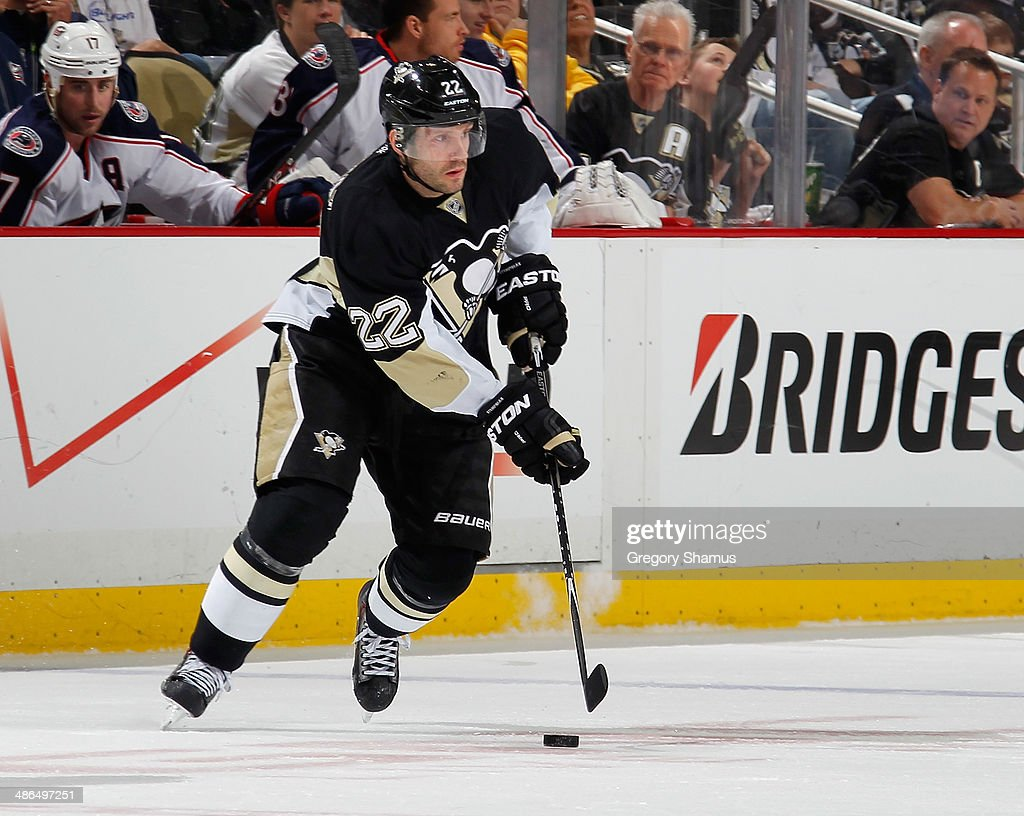 Lee Stempniak #22 of the Pittsburgh Penguins skates against the Columbus Blue Jackets in Game Two of the First Round of the 2014 Stanley Cup Playoffs at Consol Energy Center on April 19, 2014 in Pittsburgh, Pennsylvania.