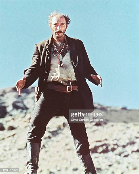 Lee Van Cleef US actor holding a 'draw' pose in a publicity portrait issued for the film 'El Condor' 1970 The action adventure film directed by John...