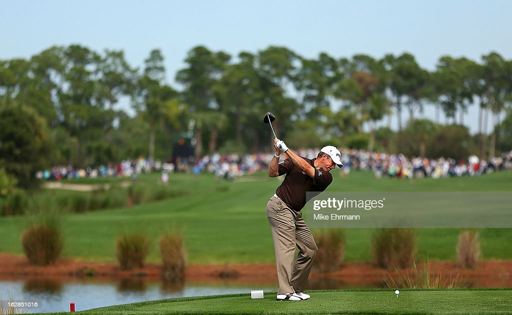 Lee Westwood of Englan hits his tee shot on the sixth hole during the first round of the Honda Classic at PGA National Resort and Spa on February 28, 2013 in Palm Beach Gardens, Florida.