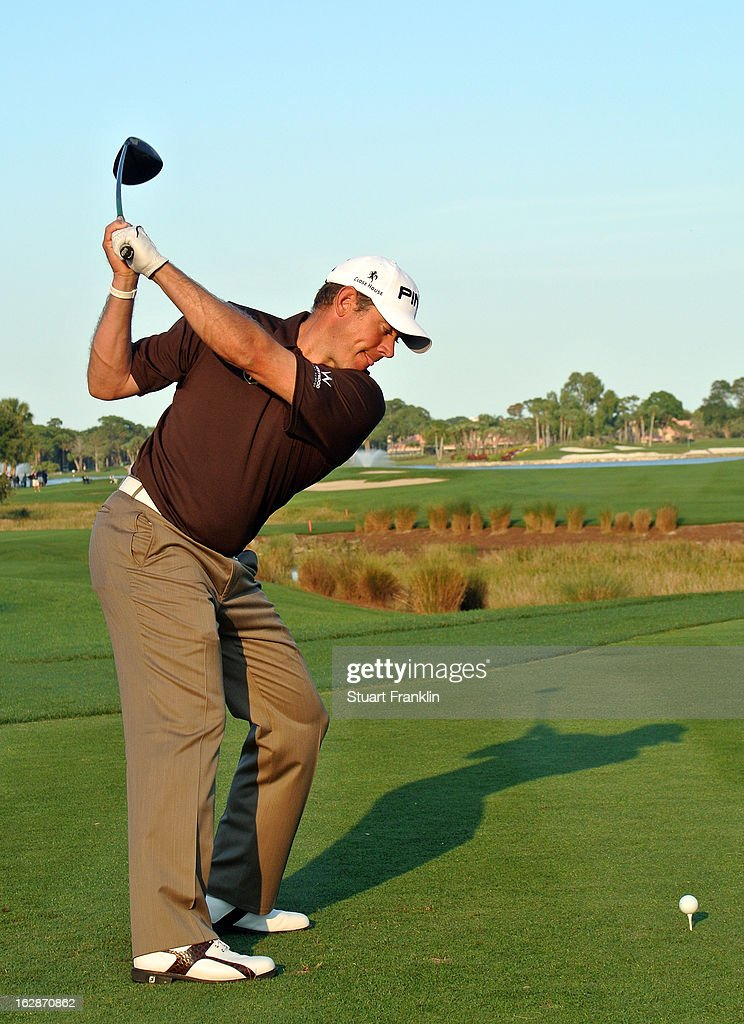 <a gi-track='captionPersonalityLinkClicked' href=/galleries/search?phrase=Lee+Westwood&family=editorial&specificpeople=171611 ng-click='$event.stopPropagation()'>Lee Westwood</a> of England plays a shot on the 18th hole during the first round of the Honda Classic on February 28, 2013 in Palm Beach Gardens, Florida.