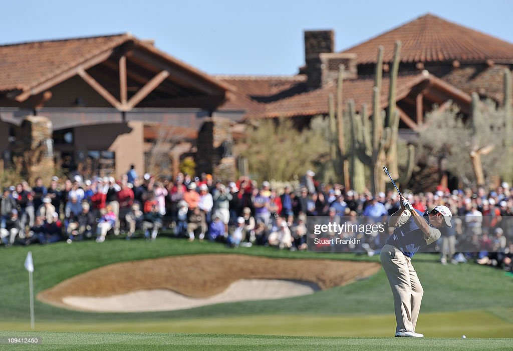 Lee Westwood of England plays his approach shot on the 18th hole during the second round of the Accenture Match Play Championship at the Ritz-Carlton Golf Club on February 24, 2011 in Marana, Arizona.