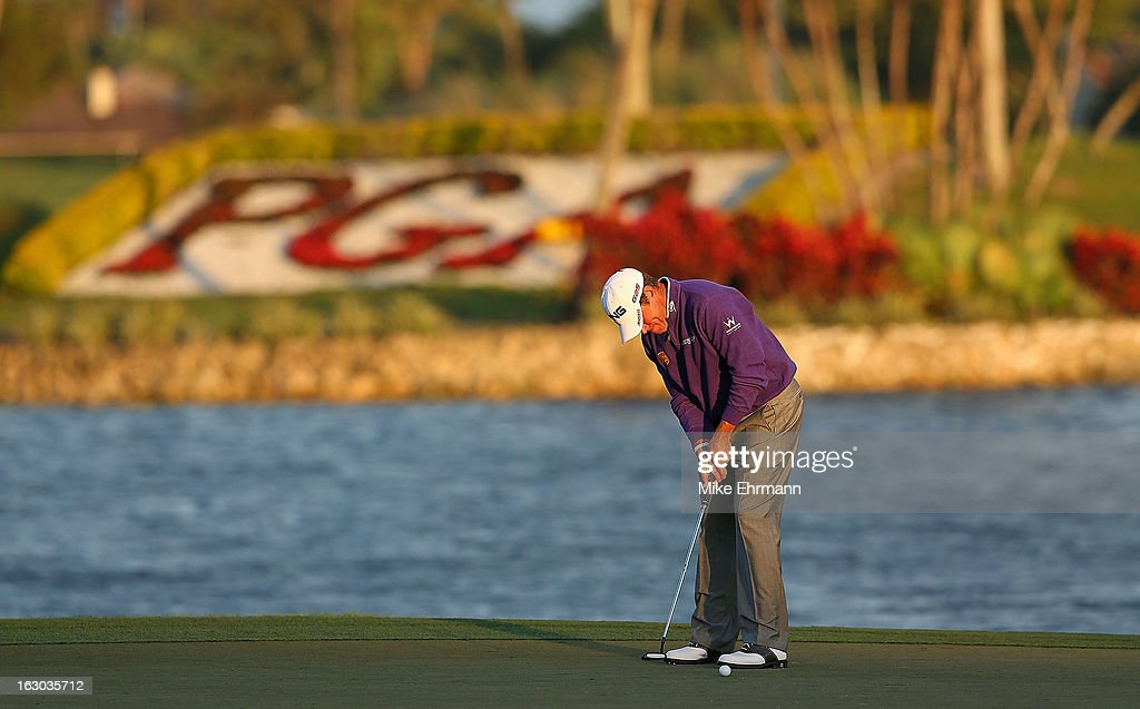 <a gi-track='captionPersonalityLinkClicked' href=/galleries/search?phrase=Lee+Westwood&family=editorial&specificpeople=171611 ng-click='$event.stopPropagation()'>Lee Westwood</a> of England putts on the 18th hole during the final round of the Honda Classic at PGA National Resort and Spa on March 3, 2013 in Palm Beach Gardens, Florida.