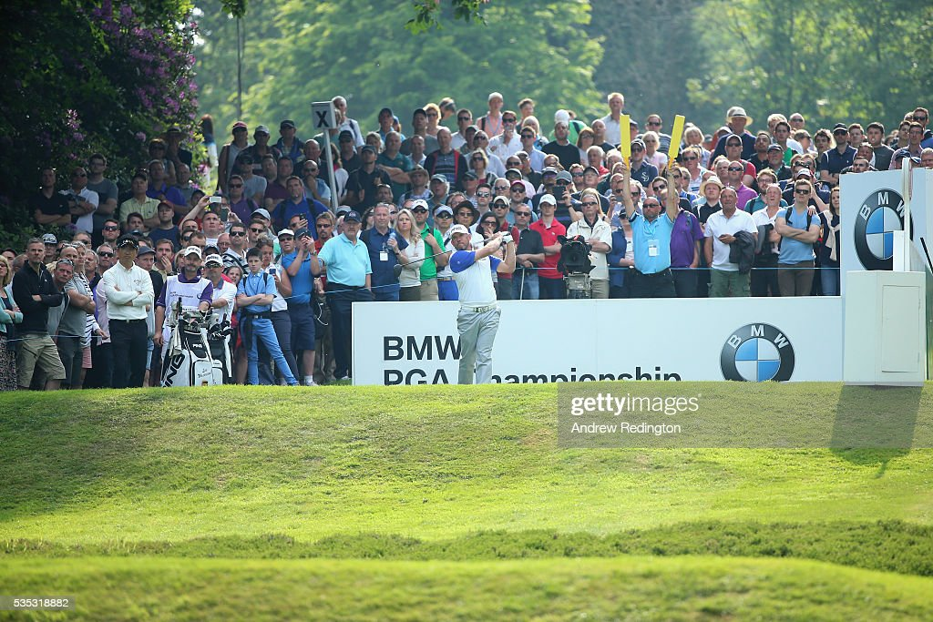 <a gi-track='captionPersonalityLinkClicked' href=/galleries/search?phrase=Lee+Westwood&family=editorial&specificpeople=171611 ng-click='$event.stopPropagation()'>Lee Westwood</a> of England tees of on the 17th hole during day four of the BMW PGA Championship at Wentworth on May 29, 2016 in Virginia Water, England.