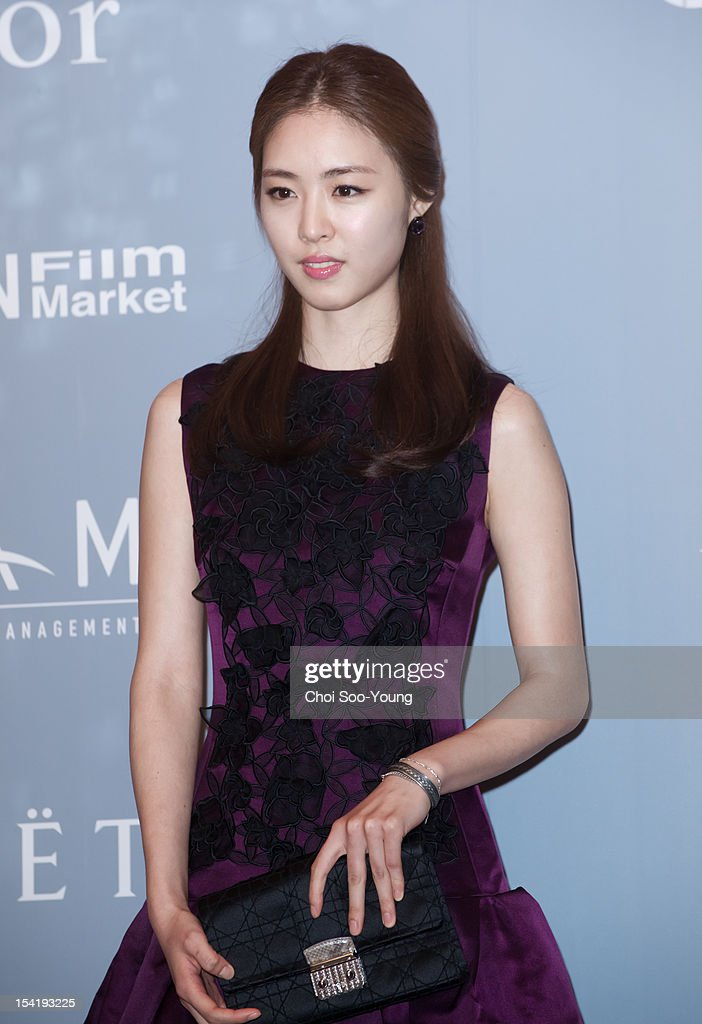 Lee Yeon-Hee attends the 'United Asian Film Night with Christian Dior' in conjunction with the Busan International Film Festival(BIFF) at the Westin Chosun Hotel on October 8, 2012 in Busan, South Korea.