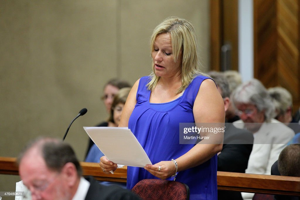 Lee-Ann Cartier, sister of Philip Nisbet, reads her victim impact statement in court on February 20, 2014 in Christchurch, New Zealand. In 2013, Helen Milner was found guilty of the murder and attempted murder of her husband, Philip Nisbet, who was found dead in their Halswell home on May 4, 2009.