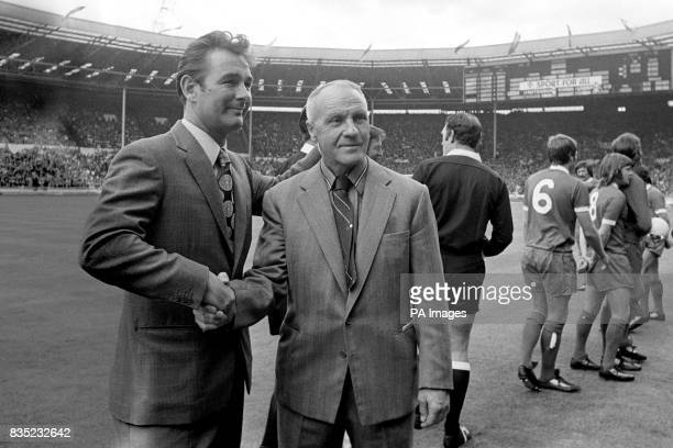 Leeds United Manager Brian Clough shakes hands with Liverpool Manager Bill Shankly before the kick off
