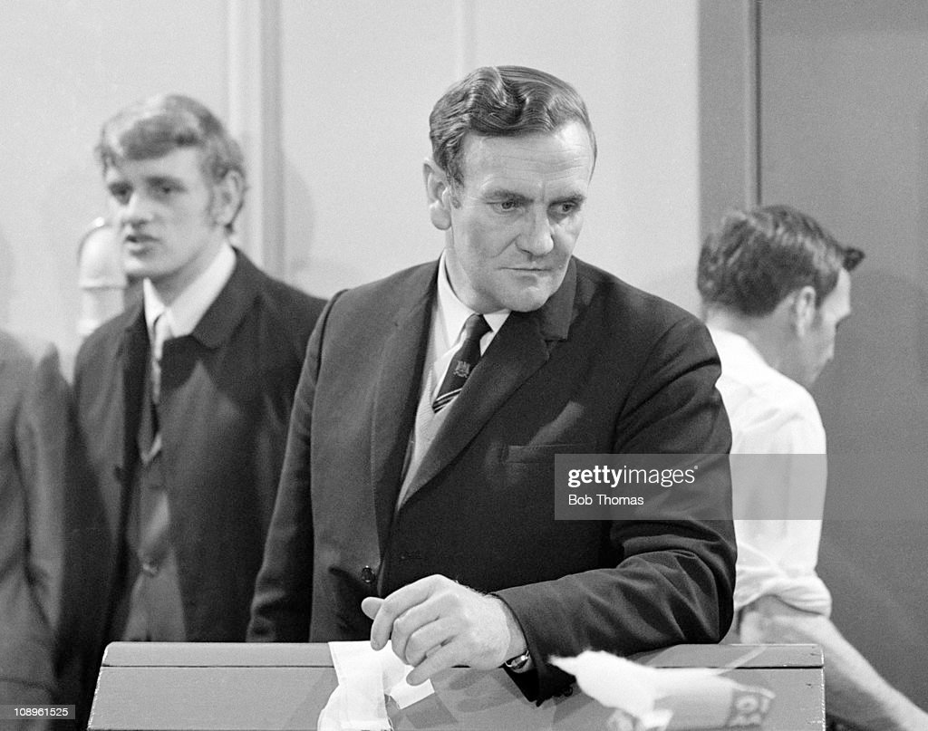 Leeds United manager Don Revie in the dressing room after the Chelsea v Leeds United FA Cup Final Replay held at Old Trafford Manchester on the 29th...