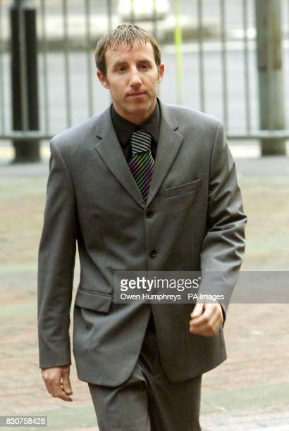Leeds Utd footballer Lee Bowyer arrives at Hull Crown Court East Yorkshire where he is accused of taking part in an attack on Asian student Sarfraz...