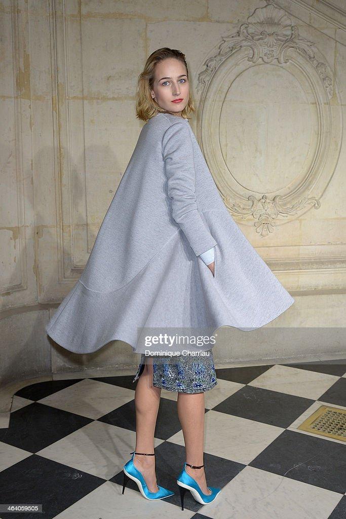 Christian Dior : Photocall - Paris Fashion Week - Haute Couture S/S 2014