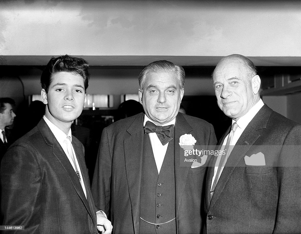 Cliff Richard (pop singer) with Lord Boothby and Vic Oliver (comedian and conductor) on the 11th October 1960.;