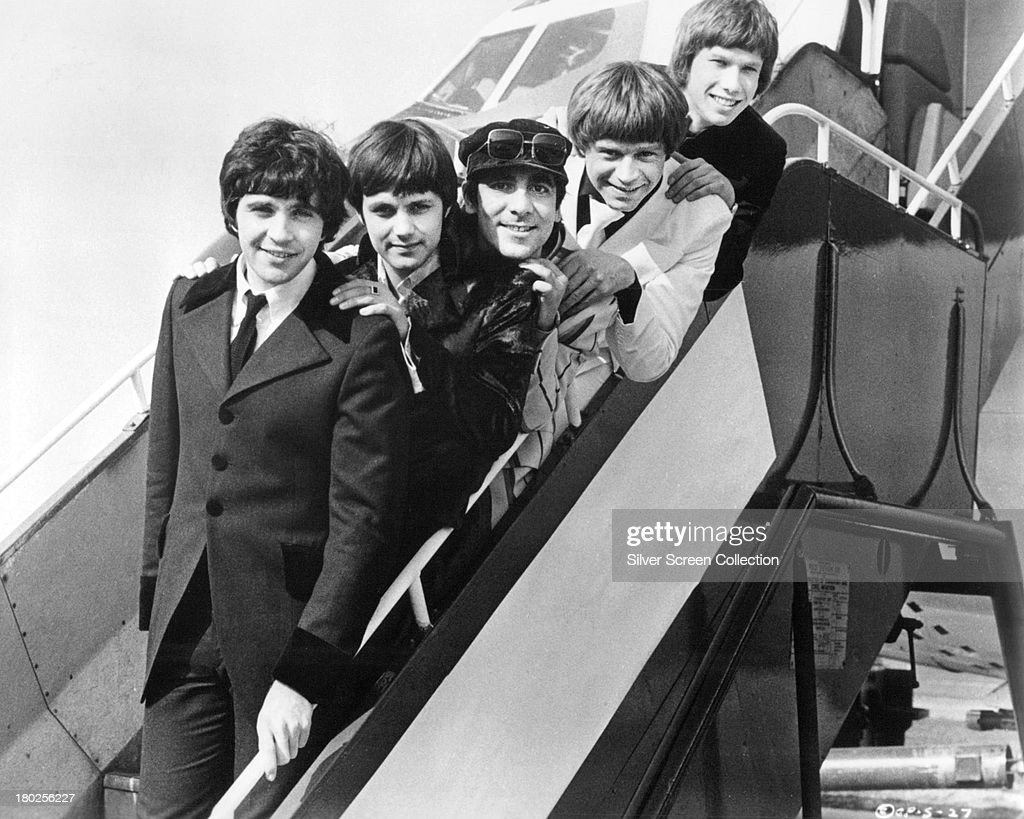 David Essex Karl Howman Keith Moon Dave Edmunds and Peter Duncan in a promotional still for 'Stardust' directed by Michael Apted 1974