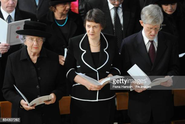 Left to right Lady June Hillary wife of Sir Edmund Hillary New Zealand Prime Minister Helen Clark and husband Peter Davis attend the service of...