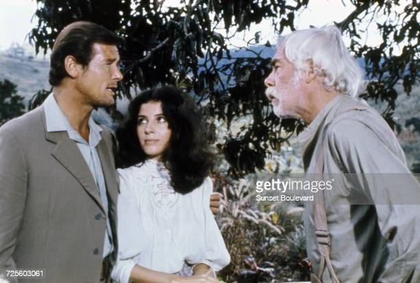 Roger Moore Barbara Parkins and Lee Marvin in 'Shout At The Devil' directed by Peter R Hunt 1976