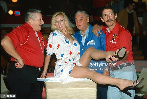 writer Mickey Spillane actress Lee Meredith comedian Rodney Dangerfield and New York Yankees manager Billy Martin tape a Miller Lite commercial...