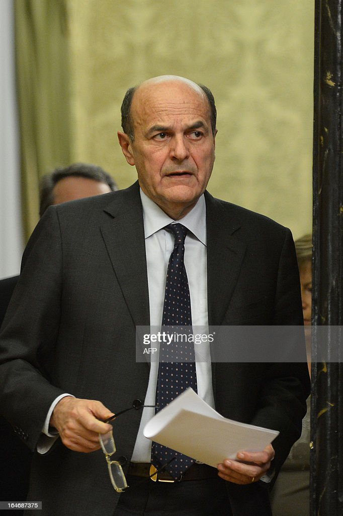Leftist leader Pier Luigi Bersani arrives to give a press conference following talks with centre-right leaders on March 26, 2013 at the Italian lower-house in Rome. Bersani was given the official go-ahead on March 23, 2013 to try and form a government after February elections that left the country in political gridlock. AFP PHOTO / ALBERTO PIZZOLI