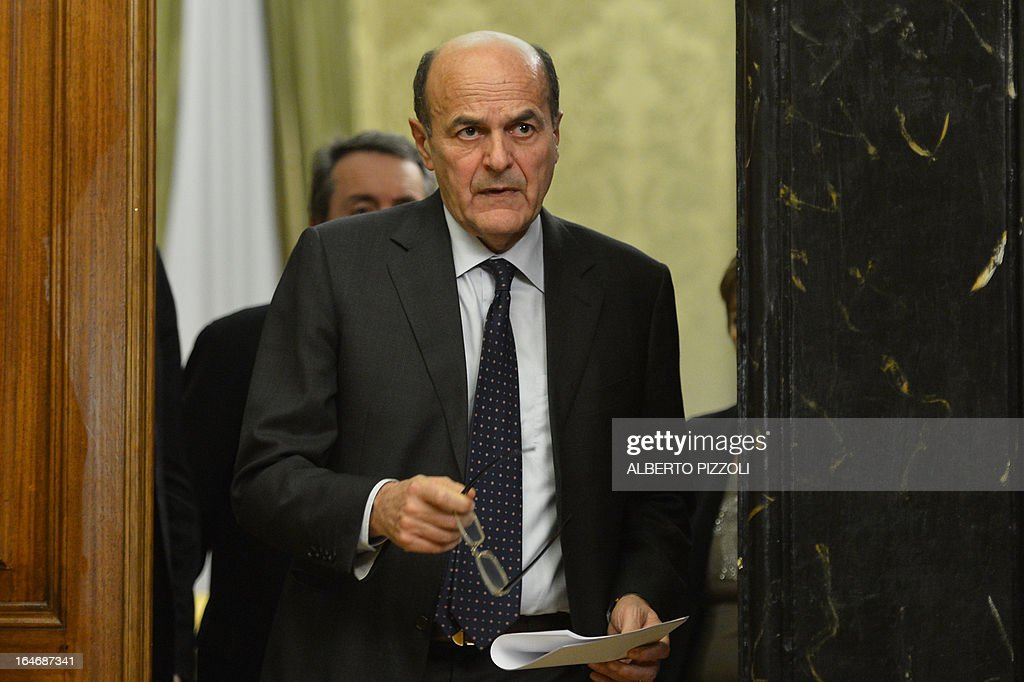 Leftist leader Pier Luigi Bersani gives a press conference following talks with centre-right leaders on March 26, 2013 at the Italian lower-house in Rome. Bersani was given the official go-ahead on March 23, 2013 to try and form a government after February elections that left the country in political gridlock. AFP PHOTO / ALBERTO PIZZOLI