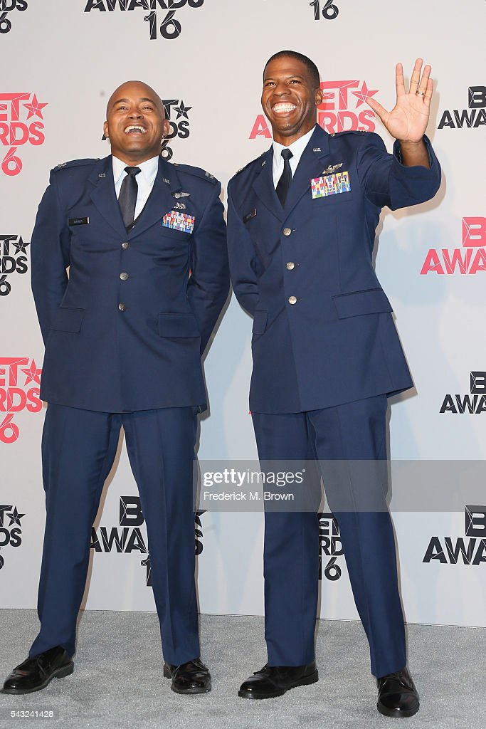 Legacy Flight Academy Director Captain <a gi-track='captionPersonalityLinkClicked' href=/galleries/search?phrase=Kenny+Thomas&family=editorial&specificpeople=201905 ng-click='$event.stopPropagation()'>Kenny Thomas</a> (L) and First Lieutenant Kenyatta H. Ruffin, recipient of the Shine A Light Award, pose in the press room during the 2016 BET Awards at the Microsoft Theater on June 26, 2016 in Los Angeles, California.