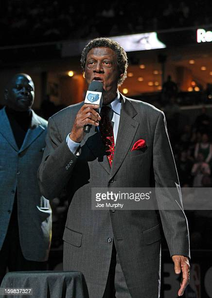 Legend Elgin Baylor receives the Martin Luther King Jr Sports Legacy Award before a game between the Memphis Grizzlies and the Indiana Pacers on...