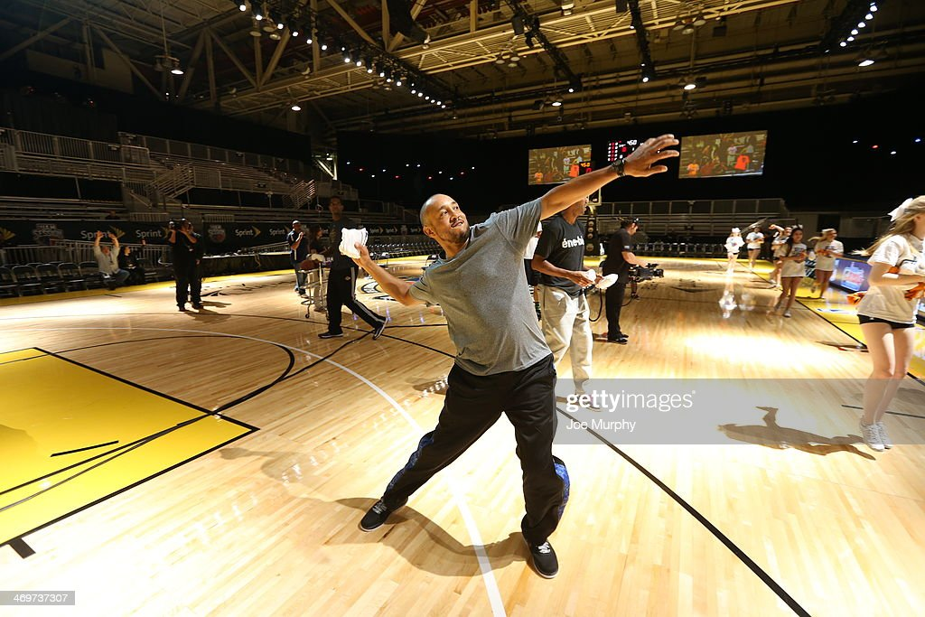 NBA Legend John Starks tosses t-shirts to the crowd during the Legends 3-Point Challenge at Sprint Arena during the 2014 NBA All-Star Jam Session at the Ernest N. Morial Convention Center on February 16, 2014 in New Orleans, Louisiana.
