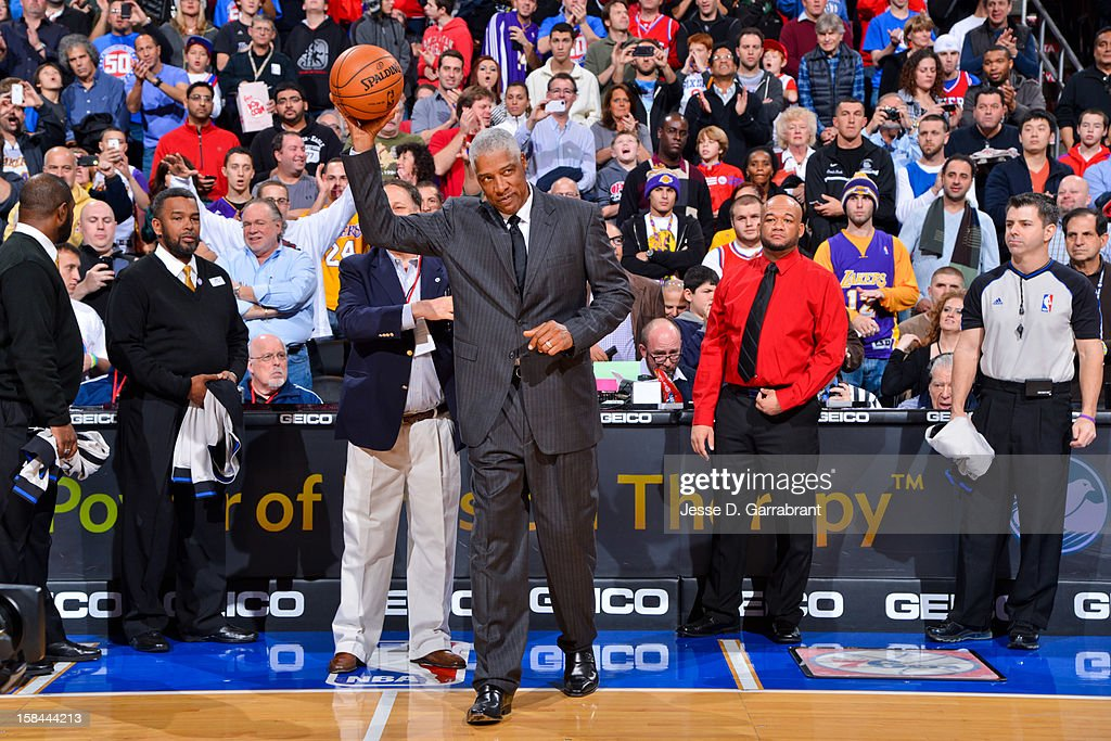 NBA legend Julius Erving acknowledges the crowd before a game between the Los Angeles Lakers and Philadelphia 76ers at the Wells Fargo Center on December 16, 2012 in Philadelphia, Pennsylvania.