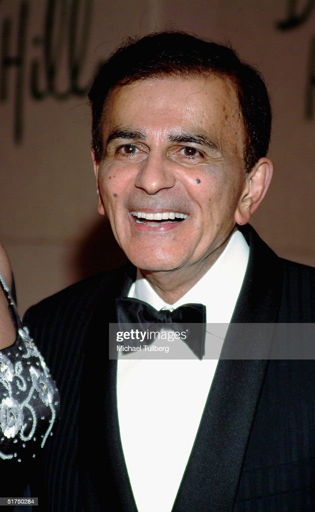 Legendary DJ Casey Kasem arrives at the Museum of Television and Radio's gala tribute to Barbara Walters at the Beverly Hills Hotel November 15, 2004 in Beverly Hills, California.