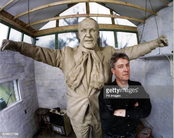 Legendary Liverpool FC manager Bill Shankly is to be honoured with a bronze statue donated by club sponsors Carlsberg Currently cast in clay and seen...