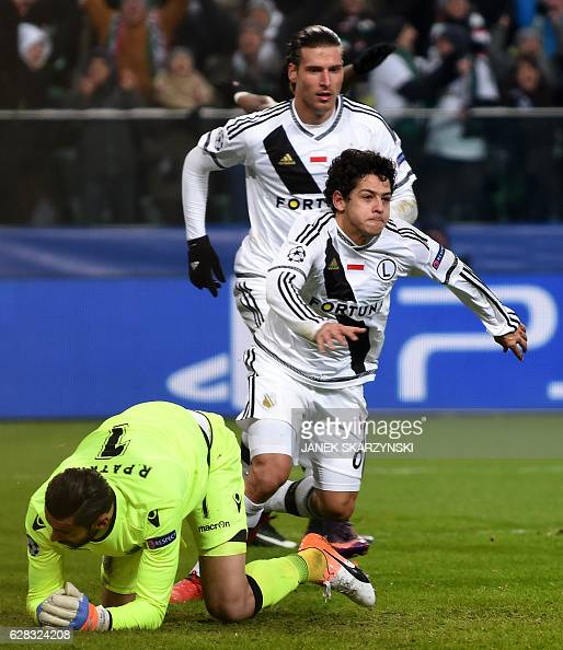 FBL-EUR-C1-LEGIA-SPORTING : News Photo