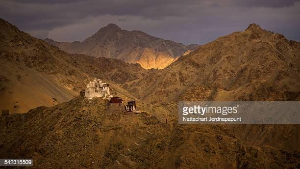 Leh palace with nice mountain range
