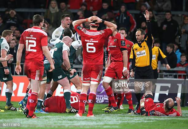 Leicester celebrate as Michael Fitzgerald scores the second try during the European Rugby Champions Cup match between Munster and Leicester Tigers at...