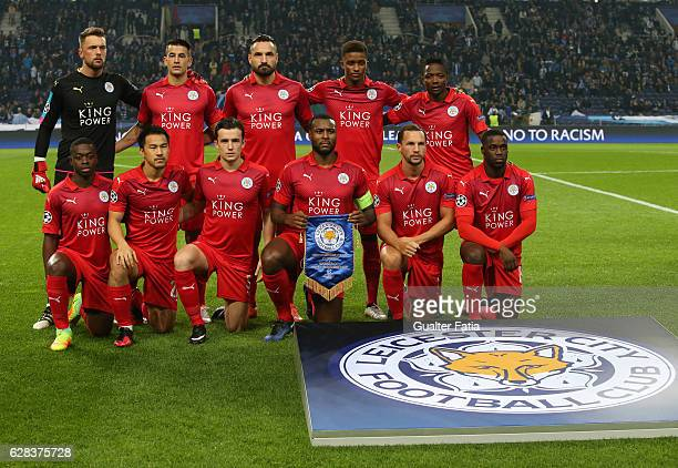Leicester City FC's players pose for a team photo before the start of the UEFA Champions League match between FC Porto and Leicester City FC at...