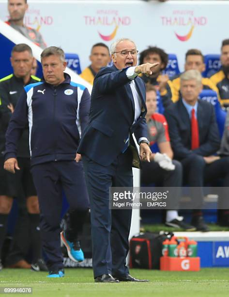 Leicester City Manager Claudio Ranieri gives instruction from the touchline