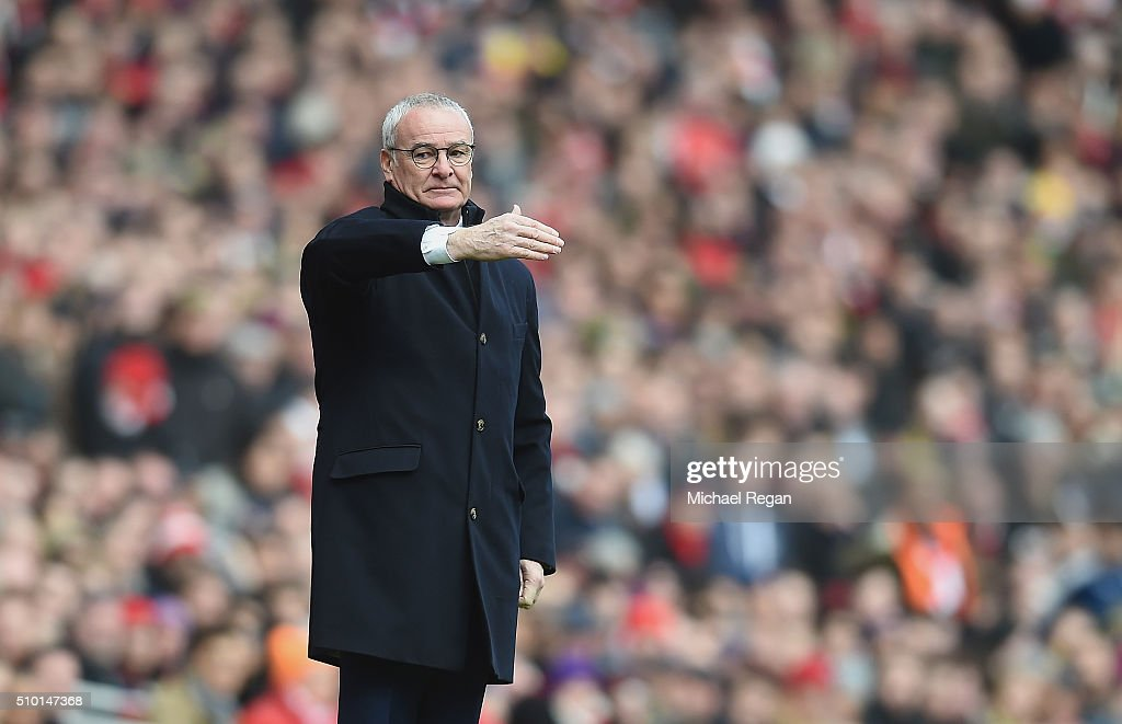 Leicester City manager <a gi-track='captionPersonalityLinkClicked' href=/galleries/search?phrase=Claudio+Ranieri&family=editorial&specificpeople=204468 ng-click='$event.stopPropagation()'>Claudio Ranieri</a> look on during the Barclays Premier League match between Arsenal and Leicester City at the Emirates Stadium.