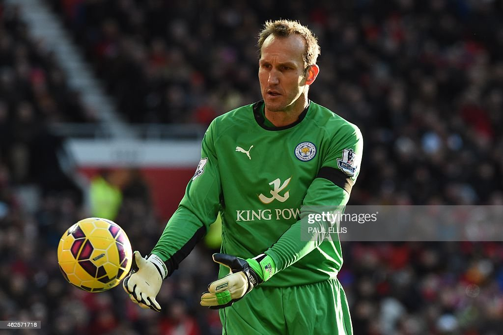 Leicester City's Australian goalkeeper <a gi-track='captionPersonalityLinkClicked' href=/galleries/search?phrase=Mark+Schwarzer&family=editorial&specificpeople=208085 ng-click='$event.stopPropagation()'>Mark Schwarzer</a> plays during the English Premier League football match between Manchester United and Leicester City at Old Trafford in Manchester, northwest England, on January 31, 2015. AFP PHOTO / PAUL ELLIS RESTRICTED TO EDITORIAL USE. No use with unauthorized audio, video, data, fixture lists, club/league logos or live services. Online in-match use limited to 45 images, no video emulation. No use in betting, games or single club/league/player publications