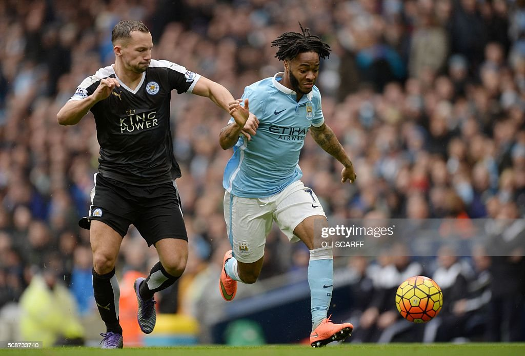Leicester City's English midfielder Danny Drinkwater (L) vies with Manchester City's English midfielder Raheem Sterling during the English Premier League football match between Manchester City and Leicester City at the Etihad Stadium in Manchester, north west England, on February 6, 2016. / AFP / OLI SCARFF / RESTRICTED TO EDITORIAL USE. No use with unauthorized audio, video, data, fixture lists, club/league logos or 'live' services. Online in-match use limited to 75 images, no video emulation. No use in betting, games or single club/league/player publications. /