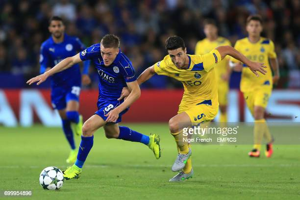 Leicester City's Jamie Vardy and and FC Porto's Ivan Marcano battle for the ball
