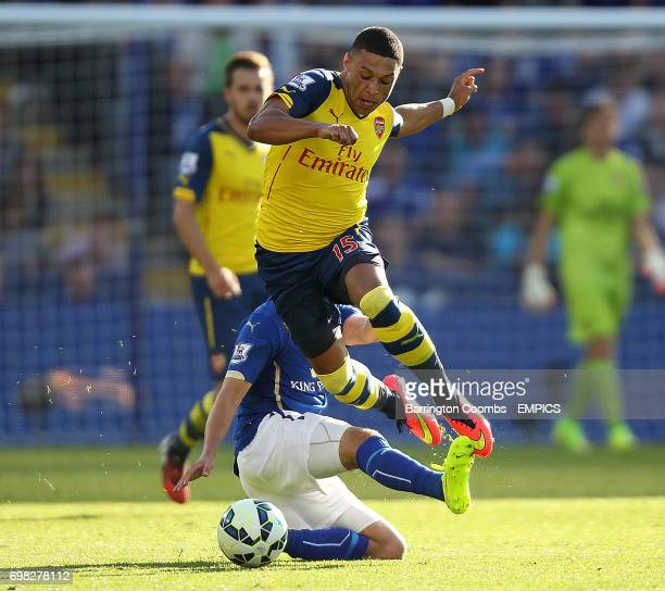 Leicester City's Marc Albrighton and Arsenal's Alex OxladeChamberlain