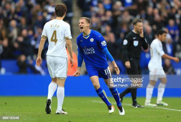 Leicester City's Marc Albrighton celebrates scoring his side's fourth goal of the game against Swansea City