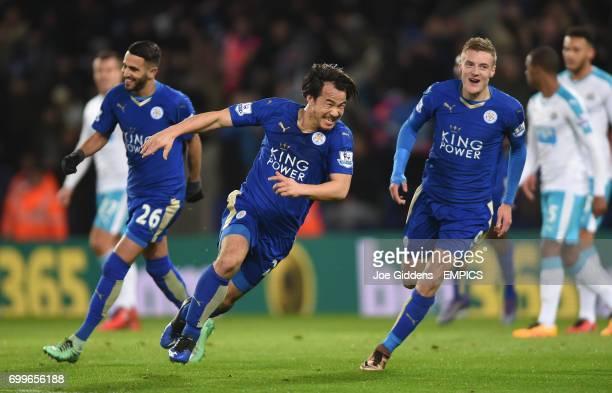 Leicester City's Shinji Okazaki celebrates scoring his side's first goal of the game with team mates Riyad Mahrez and Jamie Vardy
