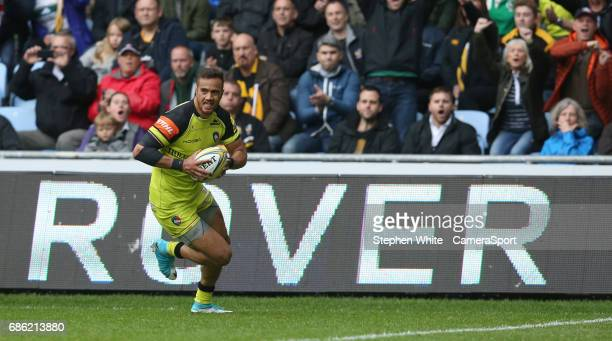 Leicester Tigers' Peter Betham scores his sides first try during the Aviva Premiership match between Wasps and Leicester Tigers at The Ricoh Arena on...