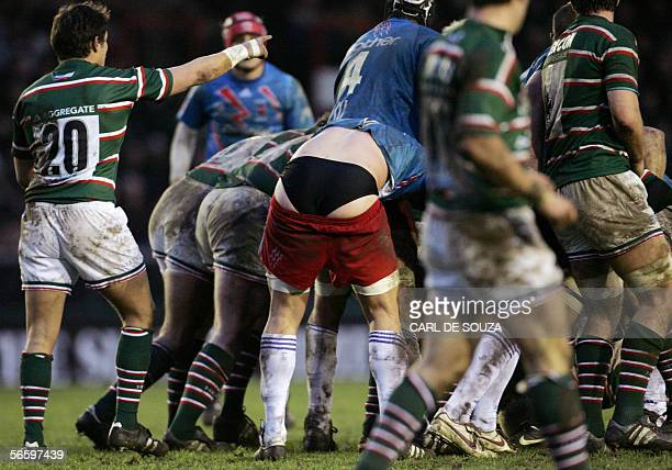 A Stade Francais player looses his shorts during their pool 3 Heineken Cup match against Leicester 15 January 2006 in Leicester Leicester won the...
