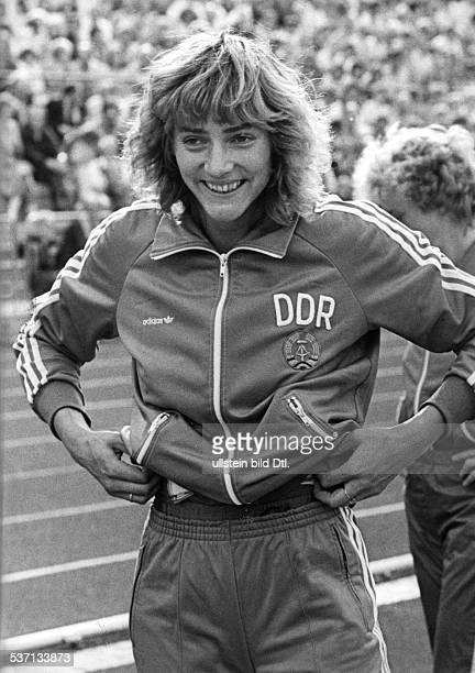 1964 Leichtathletin DDR im Trainingsdress der DDR National mannschaft 1986