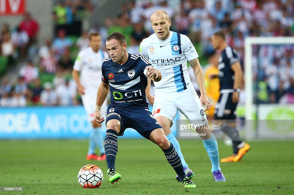 Leigh Broxham of the Victory controls the ball during the round 19 A-League match between Melbourne City FC and Melbourne Victory at AAMI Park on February 13, 2016 in Melbourne, Australia.