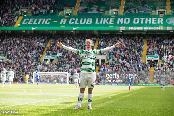 Leigh Griffiths in celebrates scoring Celtics 4th goal during the Scottish Premiership Match between Celtic and Inverness Caley Thistle at Celtic...