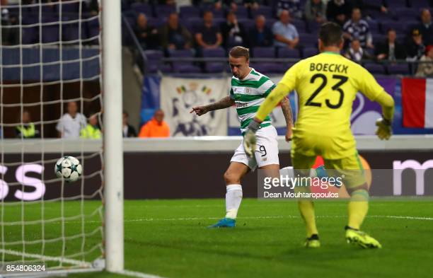 Leigh Griffiths of Celtic scores his sides first goal during the UEFA Champions League group B match between RSC Anderlecht and Celtic FC at Constant...